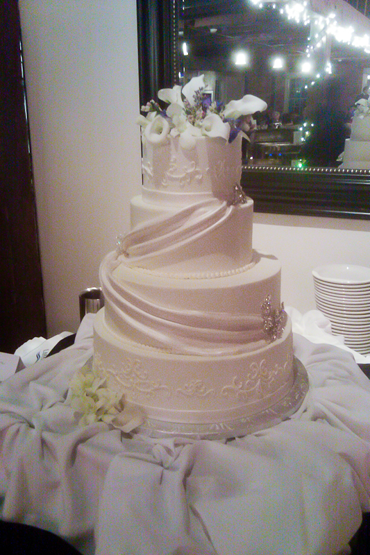 Couture Cakes at Larkins