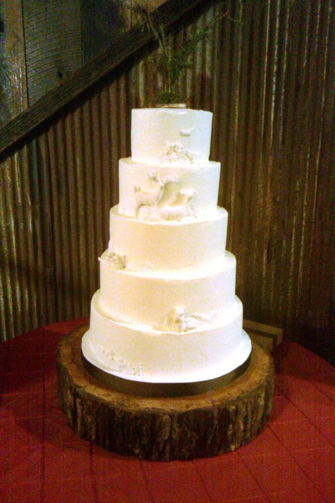 Buttercream Bakehouse Rustic Cake
